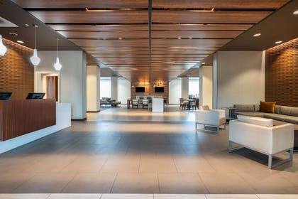 Lobby | Wingate by Wyndham San Jose