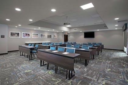 Meeting Room | Hampton Inn & Suites Kutztown, PA