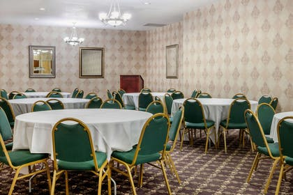 Event space | Clarion Hotel & Suites