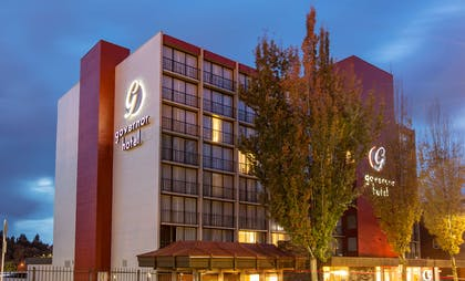 The Governor Hotel Exterior | Red Lion Inn & Suites Olympia, Governor Hotel