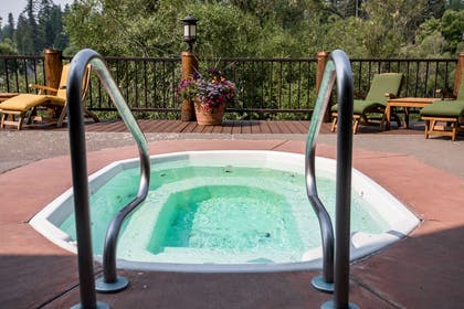Outdoor hot tub | The Pine Lodge on Whitefish River, Ascend Hotel Collection