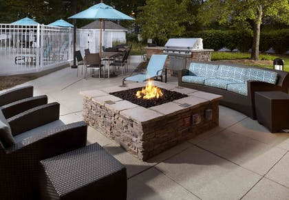 Outdoor Fire Pit | Sonesta ES Suites Cincinnati - Blue Ash