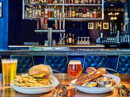 Outlet Chase Club Burger | The Chase Park Plaza Royal Sonesta St. Louis