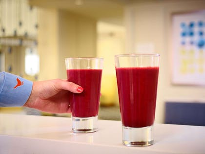 The Pour - Smoothies | Sonesta ES Suites Somerset