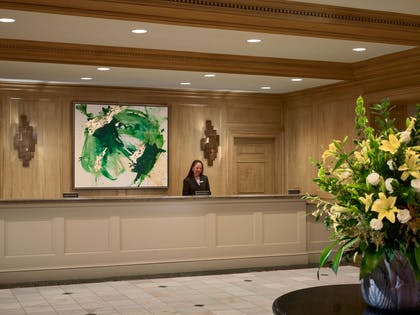 Lobby Front Desk | Royal Sonesta Harbor Court Baltimore