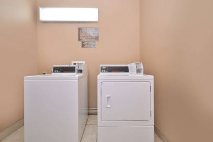 LaundryFacility | Americas Best Value Inn & Suites San Benito