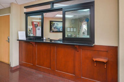 Front Desk | Value Inn Worldwide Inglewood