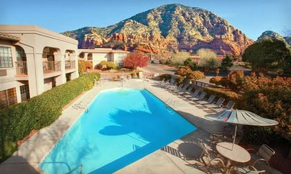 pool | Sedona Real Inn & Suites