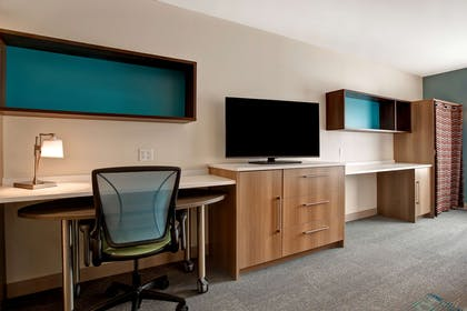 Guest room | Homewood Suites by Hilton Indianapolis Carmel