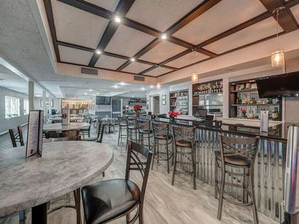bar | Eastland Suites Extended Stay Hotel & Conference Center