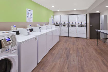 Guest laundry facilities | WoodSpring Suites Detroit Rochester Hills