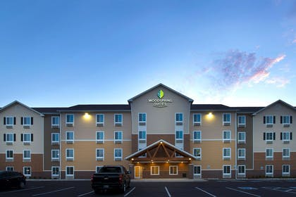 Hotel exterior | WoodSpring Suites Oklahoma City Airport