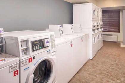 Guest laundry facilities | WoodSpring Suites Charleston Airport