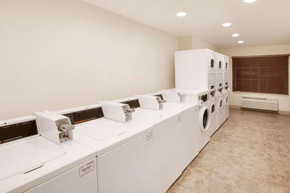 Guest laundry facilities | WoodSpring Suites Lubbock West