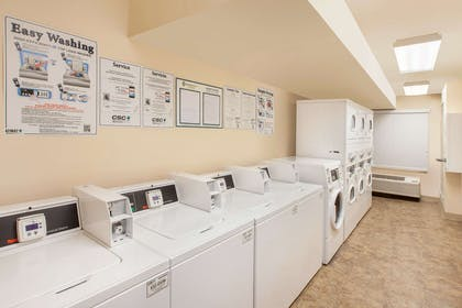 Guest laundry facilities | WoodSpring Suites Pharr