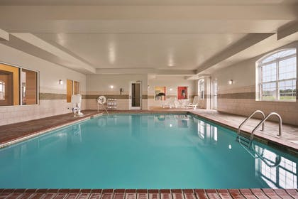 Pool | Country Inn & Suites by Radisson, Bowling Green, KY