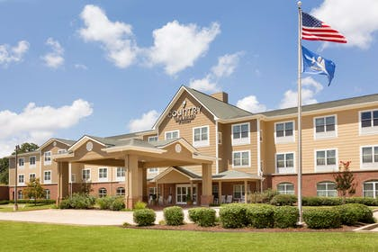 Hotel Exterior | Country Inn & Suites by Radisson, Pineville, LA