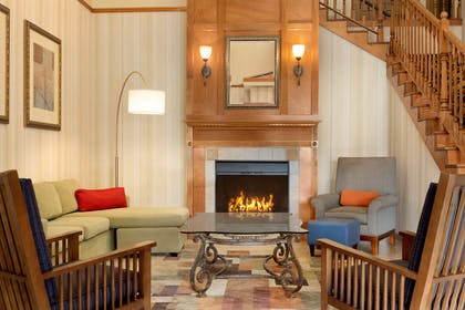 Lobby | Country Inn & Suites by Radisson, Pineville, LA