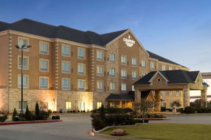 Hotel Exterior | Country Inn & Suites by Radisson, Oklahoma City - Quail Springs, OK