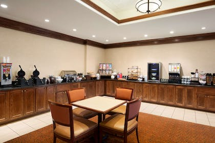 Breakfast Room | Country Inn & Suites by Radisson, Oklahoma City - Quail Springs, OK
