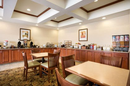 Breakfast Room   Country Inn & Suites by Radisson, Washington at Meadowlands, PA