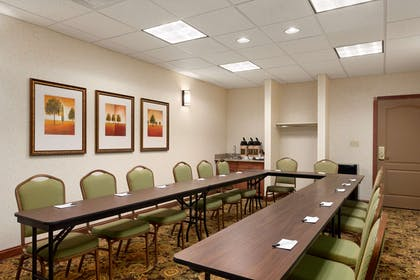 Meeting Room   Country Inn & Suites by Radisson, Washington at Meadowlands, PA