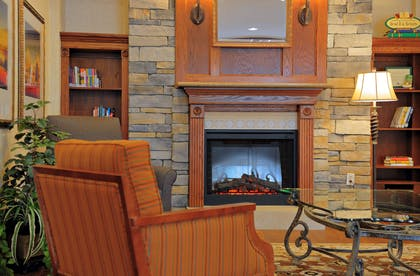 Lobby | Country Inn & Suites by Radisson, Columbia at Harbison, SC