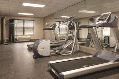 Fitness Center | Country Inn & Suites by Radisson, Chattanooga-Lookout Mountain