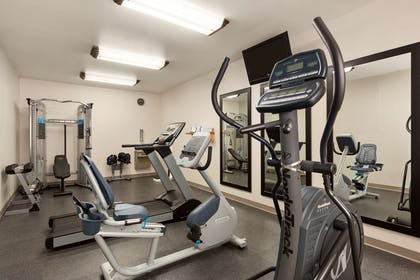 Fitness Center | Country Inn & Suites by Radisson, Fort Worth West l-30 NAS JRB