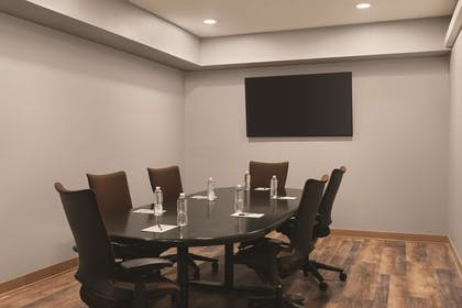 Conference Room - C3 | Radisson Hotel and Conference Center Rockford