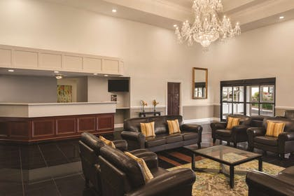 Lobby | Radisson Hotel and Conference Center Rockford