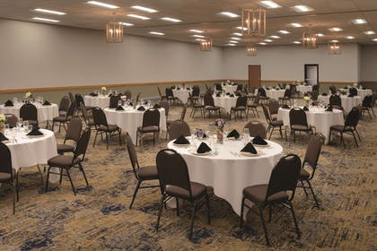 Meeting Room in Banquet Setup | Radisson Ames Conference Center at ISU