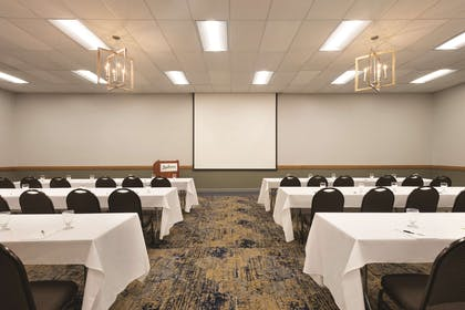 Meeting Room in Classroom Setup | Radisson Ames Conference Center at ISU