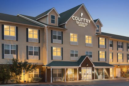 Hotel Exterior | Country Inn & Suites by Radisson, Dothan, AL