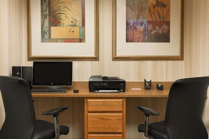 Business Center | Country Inn & Suites by Radisson, Saraland, AL