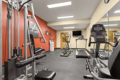 Fitness Center | Country Inn & Suites by Radisson, Tuscaloosa, AL