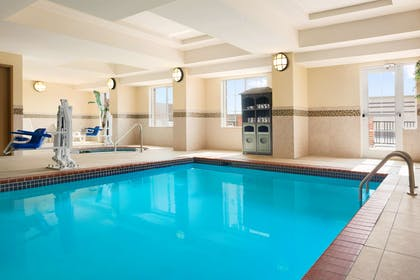 Pool | Country Inn & Suites by Radisson, Conway, AR