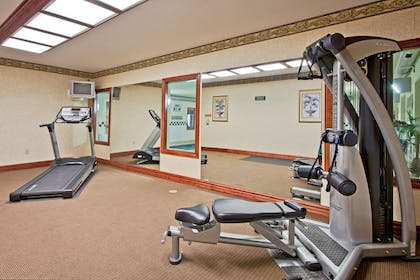 Fitness Room   Country Inn & Suites by Radisson, Hot Springs, AR