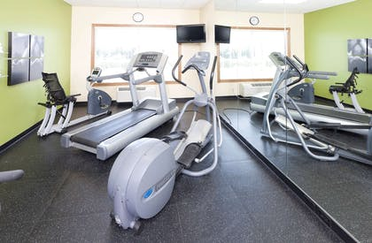Fitness Room | Country Inn & Suites by Radisson, Chanhassen, MN