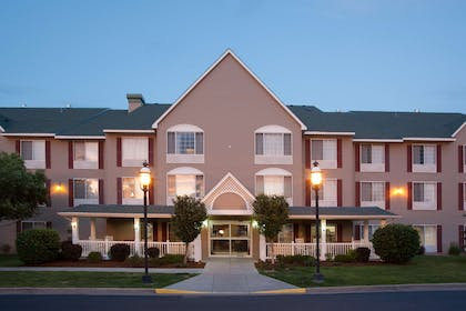 Exterior | Country Inn & Suites by Radisson, Greeley, CO