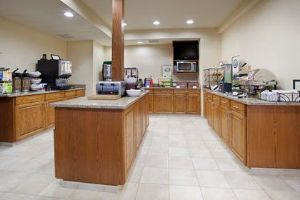 Breakfast Room | Country Inn & Suites by Radisson, Greeley, CO