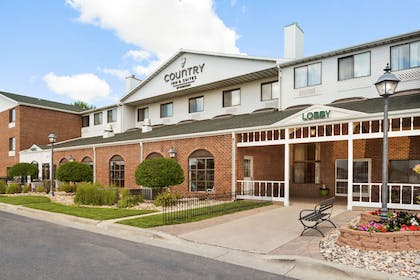 Exterior | Country Inn & Suites by Radisson, Fargo, ND