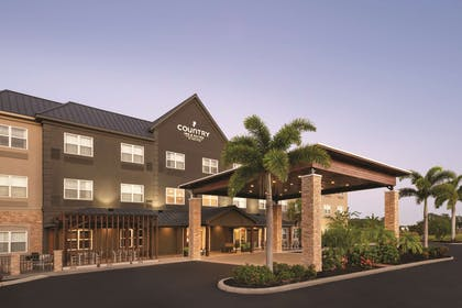 Exterior | Country Inn & Suites by Radisson, Bradenton-Lakewood Ranch, FL