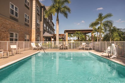 Outdoor Pool | Country Inn & Suites by Radisson, Bradenton-Lakewood Ranch, FL