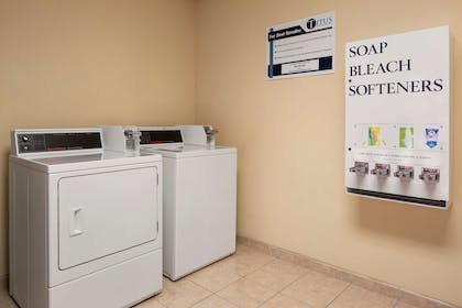 Laundry   Country Inn & Suites by Radisson, Crestview, FL