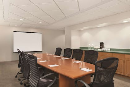 Boardroom | Country Inn & Suites by Radisson, Orlando Airport, FL