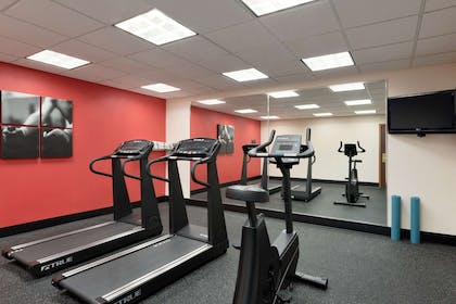 Fitness Center   Country Inn & Suites by Radisson, St. Augustine Downtown Historic Dist