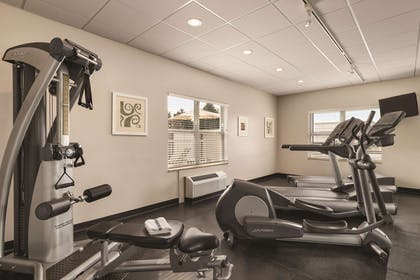 Fitness Center   Country Inn & Suites by Radisson, Tampa Airport North, FL