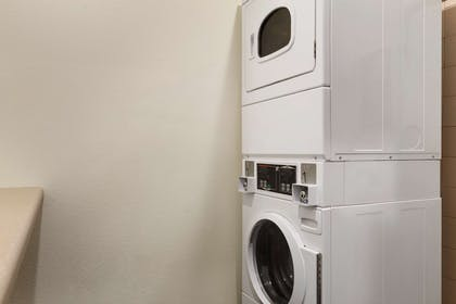 Guest Laundry | Country Inn & Suites by Radisson, Vero Beach-I-95, FL