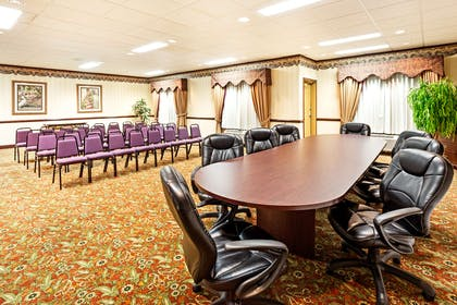 Meeting Room   Country Inn & Suites by Radisson, Hinesville, GA